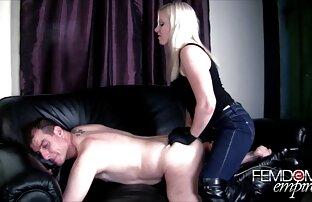 ロシアの愛人は奴隷に彼女の足を舐めさせた。 女性 用 アダルト ムービー