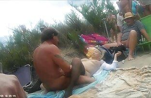 ロシアの女の子はディックに乗って、彼女の口の中に入れます。 アダルト ビデオ 女性 向け