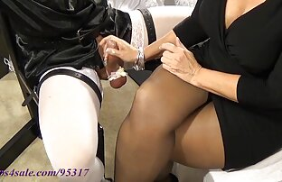 豊かな主婦は、スパポルノに刺されるように懇願しました。ハードコア 女性 専用 えろ 動画