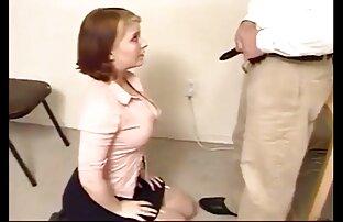 妊娠中のブロンドは彼女の口の中でゴム製のコックを取る。 女 用 エロ 動画