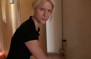 ロシアstepmom punishes stepsonのために鞭打ちと肛門 無料 エロ 動画 女 用