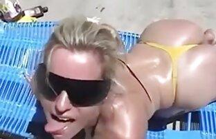ロシアの女の子は、カメラで古い変態の前で彼女の下着でくそ。 女性 用 エロ 動画 サイト